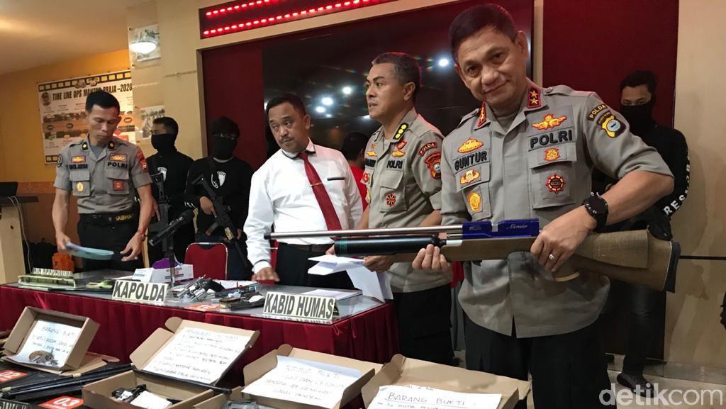 Polda Sulsel Bongkar Home Industry Senpi Rakitan, 43 Senjata Disita