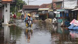2 Desa di Sidoarjo Sebulan Terendam Banjir, Ratusan Warga Terserang Penyakit