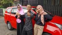 Pakai Mobil Daihatsu, Pria Ini Dapat Jodoh hingga Liburan Gratis