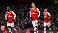 Gol Luar Biasa Oezil Pecahkan Rekor di Liga Inggris
