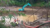 Jasa Marga-BBWS Sedot Genangan Diduga Penyebab Longsor Tol Cipularang