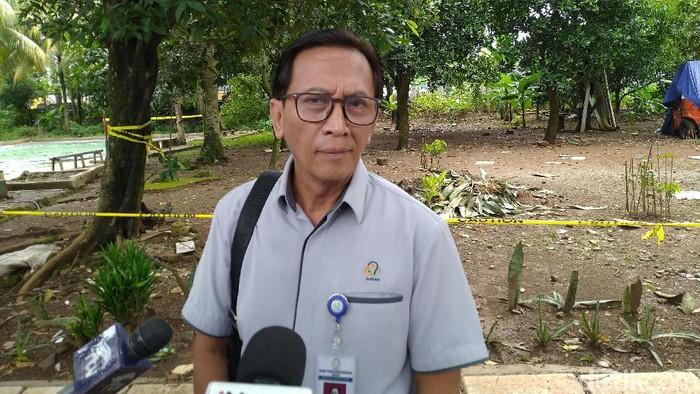 Pengangkutan limbah radioaktif di perumahan Batan Indah, Serpong, Tangerang Selatan (Tangsel) dilanjutkan (Sachril Agustin Berutu/detikcom)