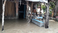Tanggul Sungai Cisanggarung Jebol, Enam Desa di Brebes Kebanjiran