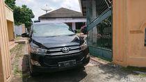 KPK Kembali dengan Tangan Kosong dari Rumah Mantan Wakil Ketua DPRD Tulungagung