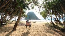 Begini Keindahan Pantai Pulau Merah di Banyuwangi