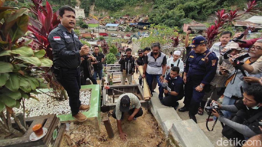 Makam Balita Yusuf Dibongkar, Ortu Harap Autopsi Ungkap Sebab Kematian