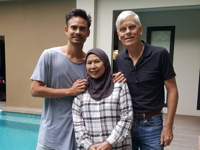 keluarga ashraf sinclair