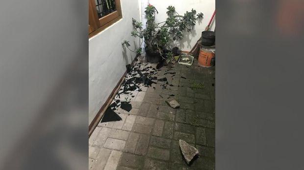 Rumah Dilempari Batu, Ketum PA 212 Duga Teror Jelang Aksi
