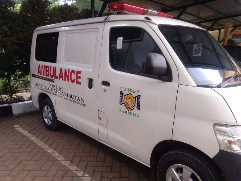 Ambulans berpelat hitam