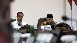 Survei Indostrategic: 60,4% Responden Puas Kinerja Jokowi-Maruf