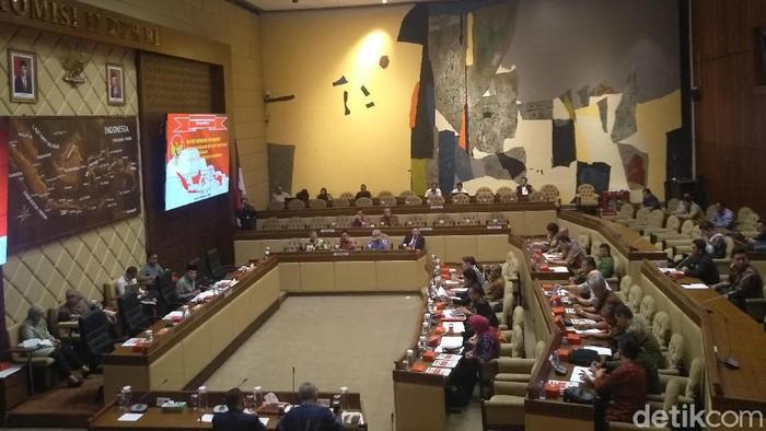 Komisi II DPR menggelar rapat kerja (raker) dengan Badan Pembinaan Ideologi Pancasila (BPIP) (Nur Azizah Rizki Astuti/detikcom)