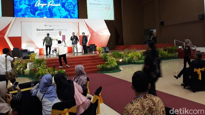 Gubernur Jawa Tengah  Ganjar Pranowo disambut aksi demo mahasiswa saat menghadiri acara di Universitas Muhammadiyah Yogyakarta (UMY), Selasa (18/2/2020).