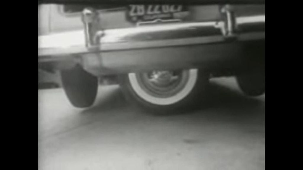 Mobil Lima Ban, Inovasi Alat Bantu Parkir yang Tak Laku