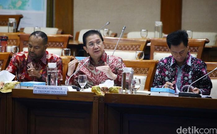 Manajemen PT Freeport Indonesia (PTFI) menghadiri rapat dengar pendapat (RDP) dengan Komisi VII DPR. Mereka melaporkan progres pembangunan smelter di Gresik.