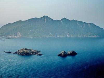 Kenalan dengan Pulau di Jepang yang Haram Bagi Wanita