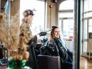 Salon Ini Tidak Sediakan Cermin, Alasannya Mengejutkan
