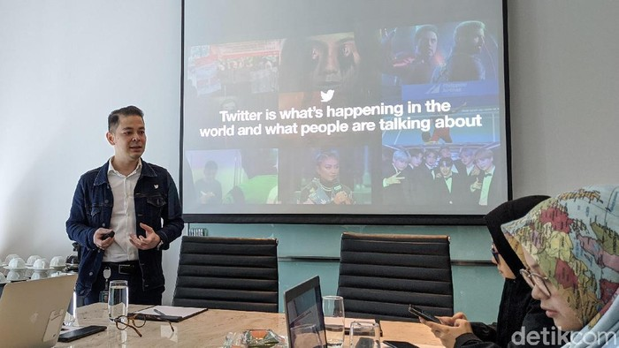 Country Industry Head Twitter Indonesia, Dwi Adriansah