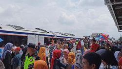 Naik Kereta Api Cibatu-Garut Gratis Selama Uji Coba Operasi