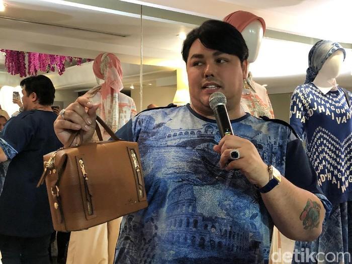 Ivan Gunawan saat tampil di Brownies.