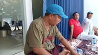 Ini H Podda, Nasabah Segel Bank Mandiri Sidrap karena Duit Rp 2 M Raib