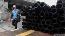 Waduh, Trotoar di Jalan Tentara Pelajar Tertutup Kabel Besar