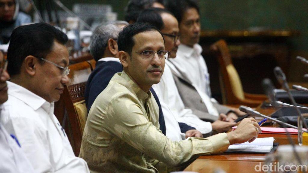 Ibunda Jokowi Wafat, Mendikbud Nadiem Doakan Presiden dan Keluarganya Tabah