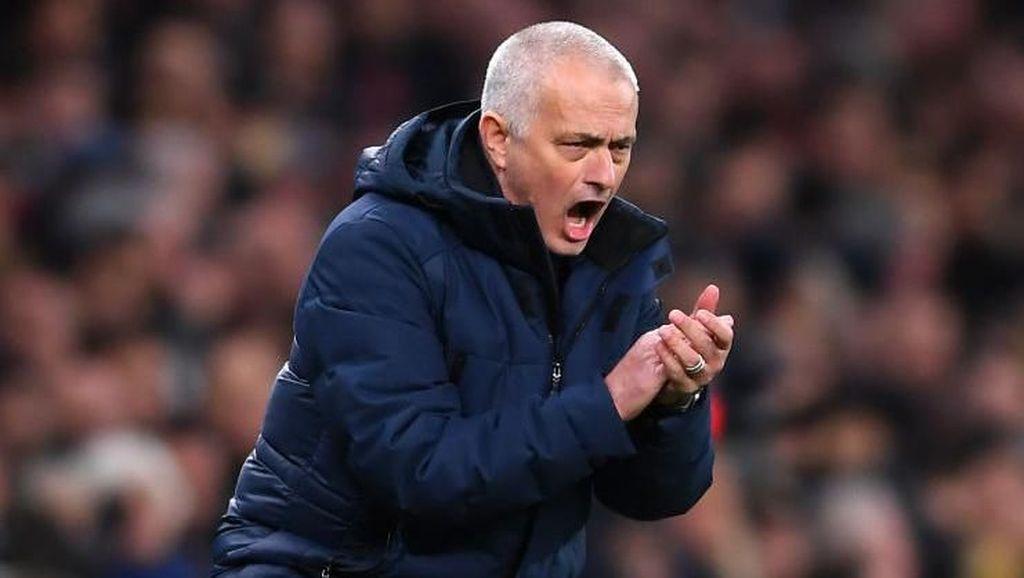 Mourinho Tidak Terima Tottenham Kena Sindir Arsenal