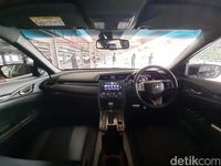Interior Honda Civic Hatchback RS.