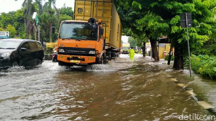 Penampakan genangan banjir di Pantura Pekalongan