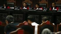 DPR dan Pemerintah Beri Keterangan di Sidang Uji Materi UU Pekerja Migran