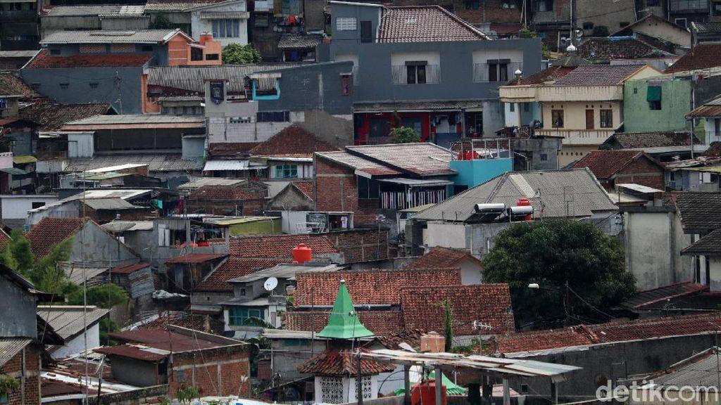 Melihat Kepadatan Kota Bandung dari Teras Cihampelas