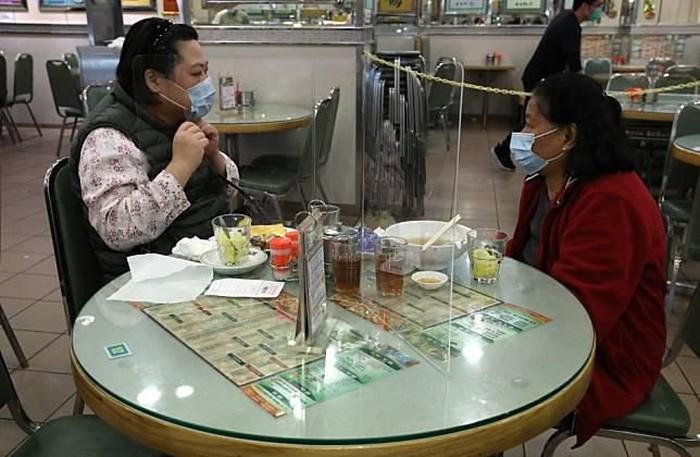 Restoran Hong Kong Sekat Kaca