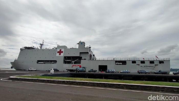 Penampakan KRI Dr Soeharso yang akan menjemput ABK WNI di Kapal Pesiar Diamond Princess