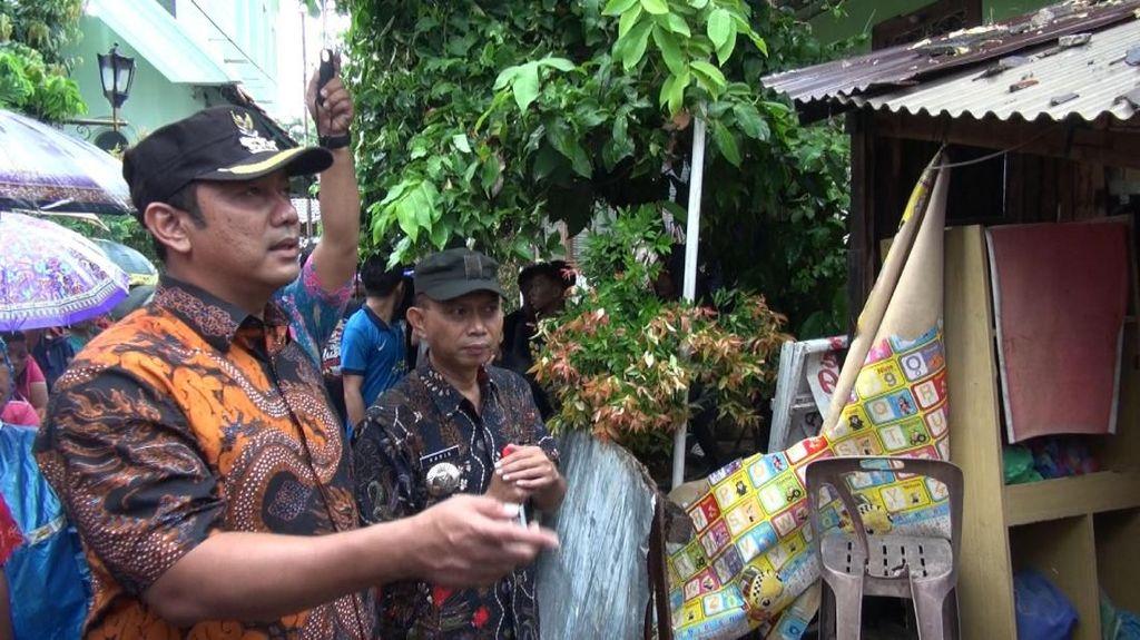 Pemkot Semarang Bantu Renovasi Rumah Korban Cuaca Ekstrem yang Roboh