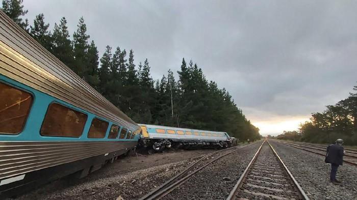 Kereta anjlok di Australia