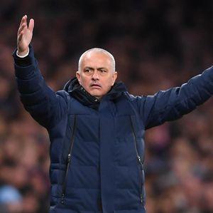 Langgar Karantina, Mourinho Mengaku Salah