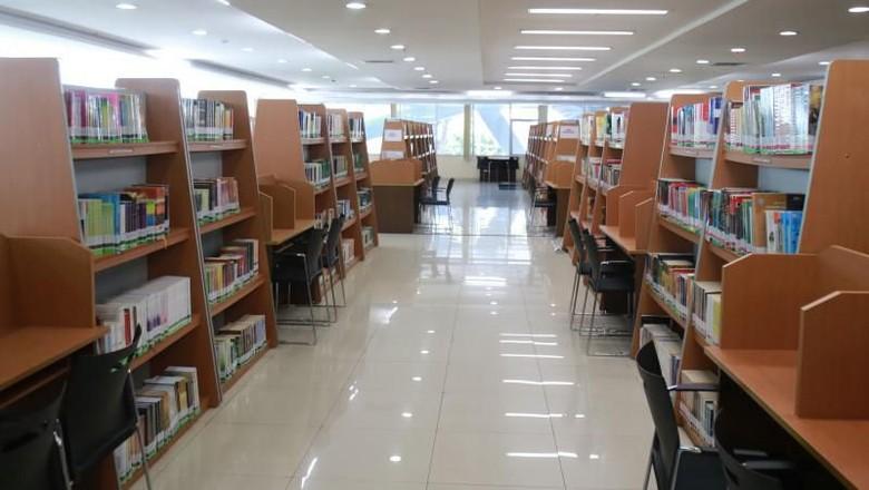 Perpustakaan DKI di Cikini