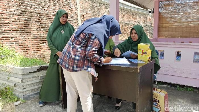 Pemotor kena razia busana di Banda Aceh (Agus Setyadi/detikcom)