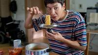 Lee Kwang Soo Rehat karena Kecelakaan, Begini Potret Seru Kulinernya