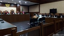 Jaksa Cecar Saksi soal Pembelian Rumah di Australia di Sidang Wawan