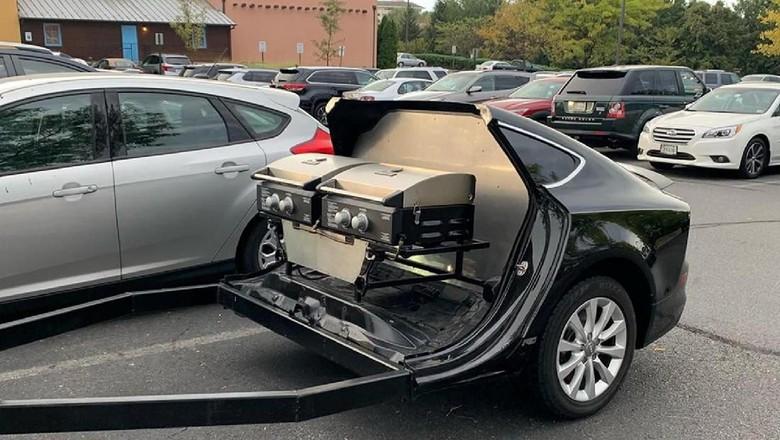 Modifikasi Audi A7 memangkas bagian depannya.