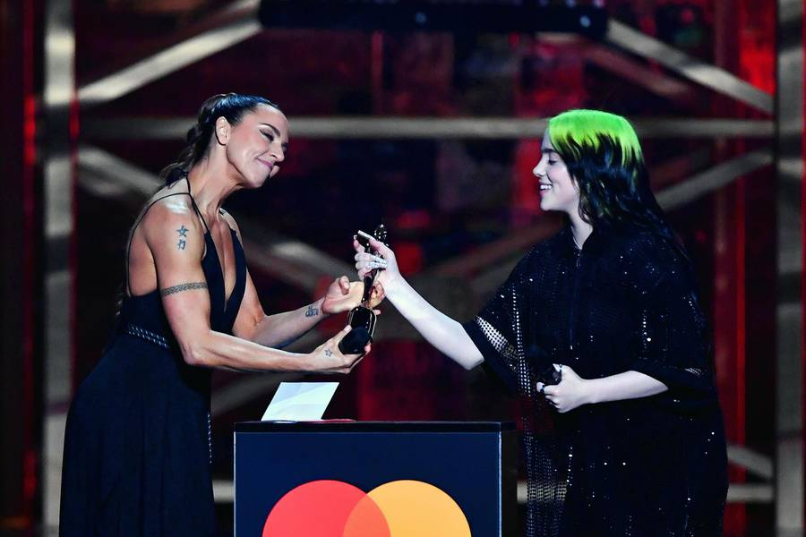 LONDON, ENGLAND - FEBRUARY 18: (EDITORIAL USE ONLY) Billie Eilish accepts the International Female Solo Artist award during The BRIT Awards 2020 at The O2 Arena on February 18, 2020 in London, England. (Photo by Gareth Cattermole/Getty Images)