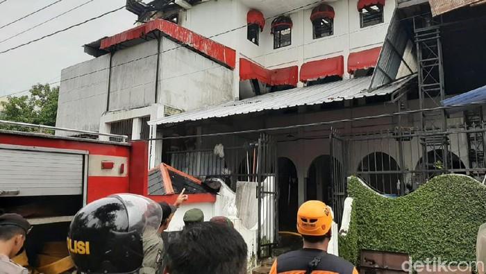 Kebakaran mess karyawan The House of Raminten, Yogyakarta, Kamis (20/2/2020).