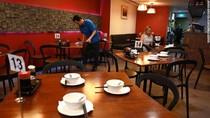 1,5 Juta Pegawai Hotel dan Restoran Waswas Menanti PHK