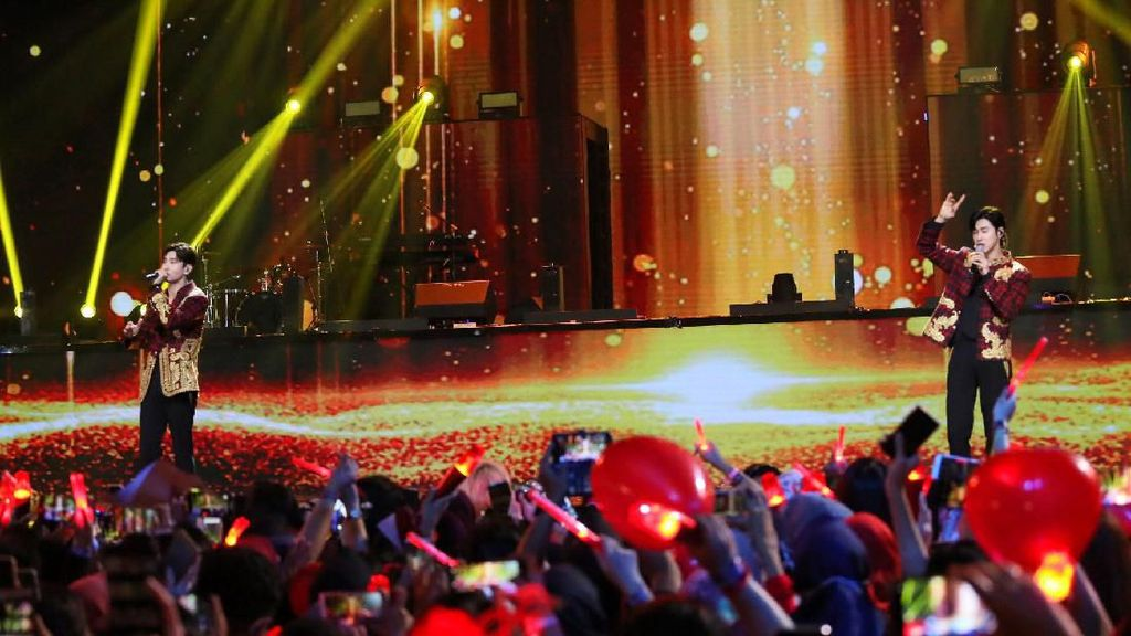 Return of the King! TVXQ Puaskan Fans di Korean Wave in Love