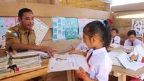 Semangat Anak-anak di Pelosok Kolaka Utara Mencari Ilmu