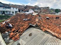 Puting Beliung Terjang Permukiman Padat Penduduk di Kota Sukabumi