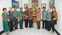 Pimpinan MPR Serap Aspirasi Pemkab Pacitan soal Amandemen UUD