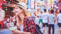 Hindari 5 Makanan Ini Agar Traveling Nyaman Tanpa Sakit Perut