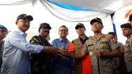 Tanam Mangrove, Kapolri-Panglima TNI Ajak Generasi Muda Peduli Lingkungan
